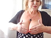 Aunt showing off